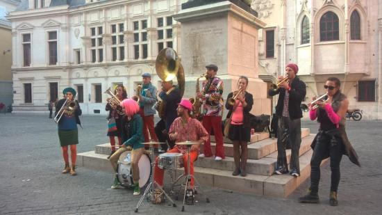 Fanfare place Saint André